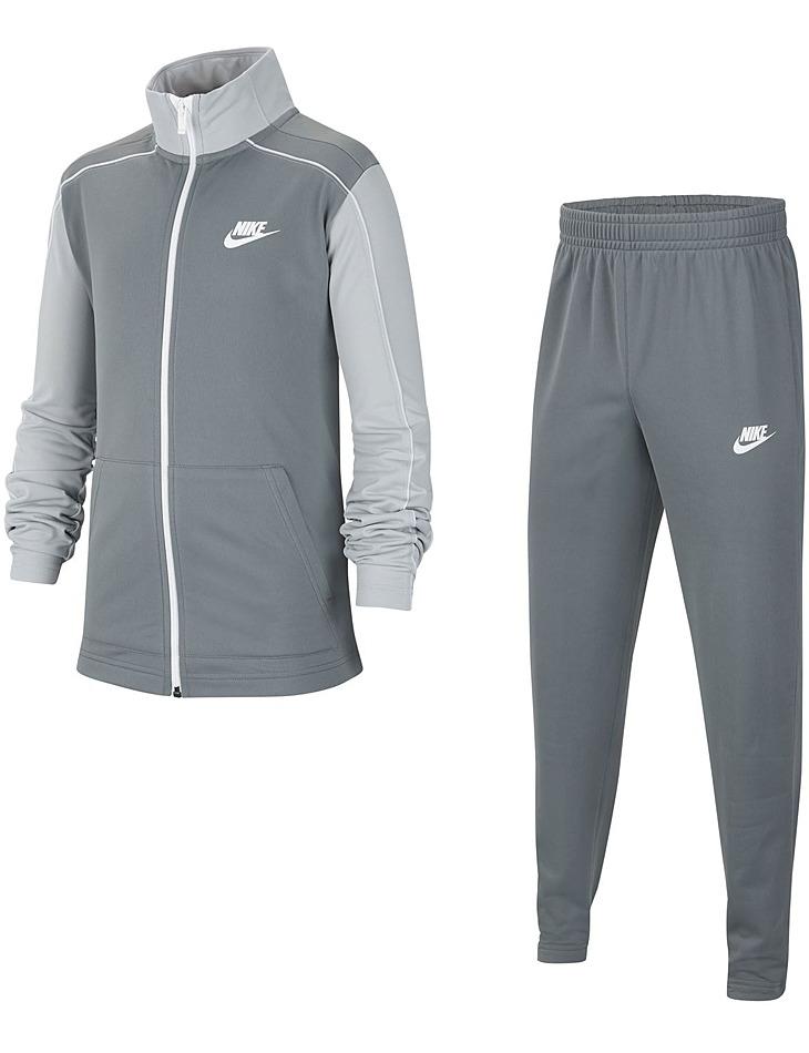 Športová súprava Nike vel. XL