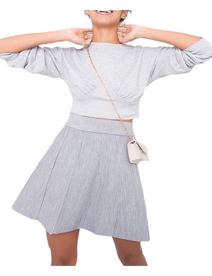 Svetlo šedá skladaná sukňa vel. L