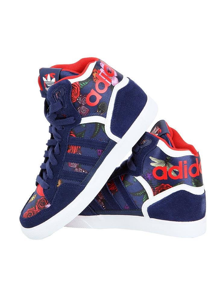 c24607002 Dámske členkové tenisky Adidas Hoops   Outlet Expert