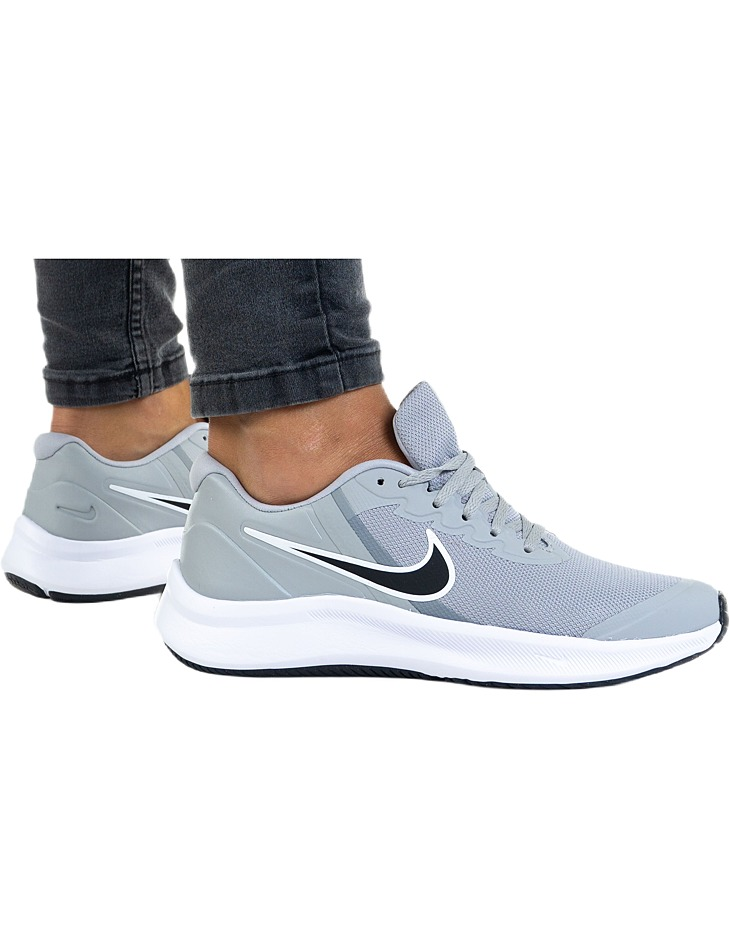 Dámske farebné topánky Nike vel. 38.5