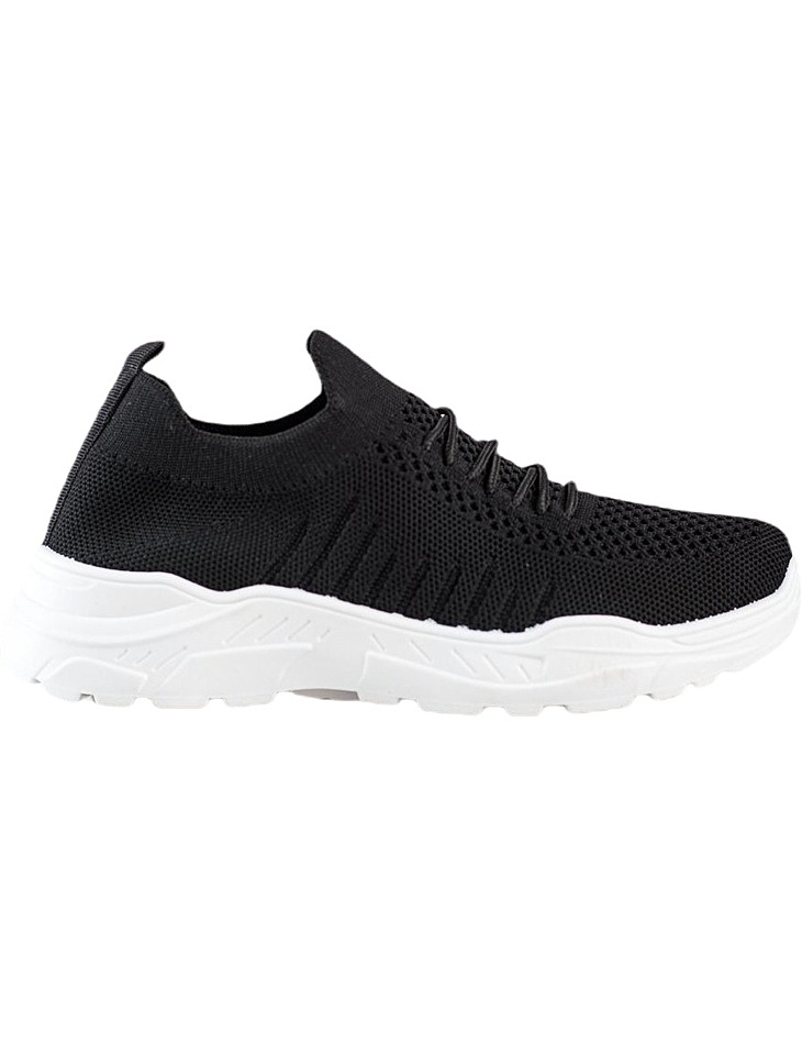 čierne nazúvacie Sneakers vel. 38
