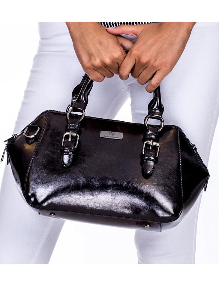 čierna lesklá dámska kabelka vel. ONE SIZE